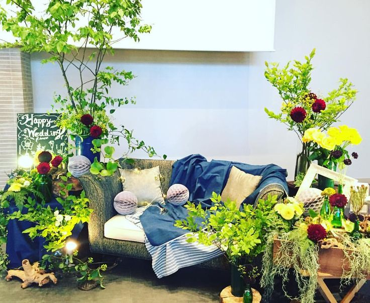 Photo Boothで楽しめる花のコーディネートはオススメ!披露宴が盛り上がりますね‼︎…