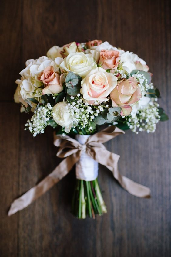 Rose Gypsophila White Blush Bouquet Ribbon Bow / http://www.himisspuff.com/ribbon-wedding-ideas/6/