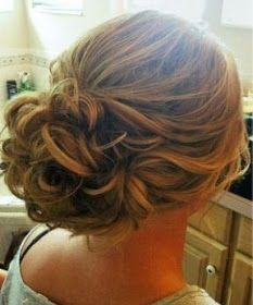 Madrinhas de casamento: Penteados de festa lindos e joviais
