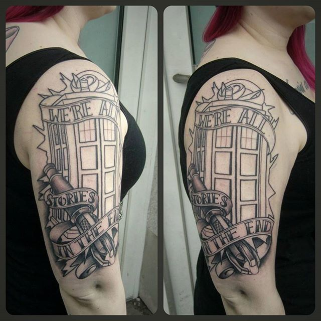 First Tardis i ever made....big fun....cant wait to finish...big thx @pink_disaster  who sits like a champ ☺ #germantattooers #traditionaltattoo #neotraditional #inprogress #nerd #nerdtattoo #drwho #tardis #drwhotattoo #geektattoo #girlswithink #inkedup #ruhrgebiet #instatattoo #hamm #dortmund #kunstundkommerz