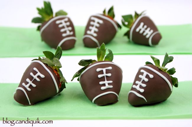 Chocolate Covered Strawberry Footballs | @Miss CandiQuik: Treats, Ideas, Recipe, Chocolate Covered Strawberries, Food, Super Bowls, Strawberries Football, Superbowl Parties, Chocolates Covers Strawberries