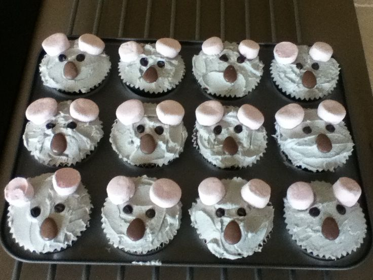 Really easy and simple but cute koala cupcakes  :)