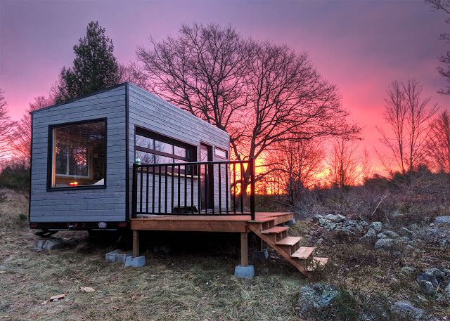The Mason: a cozy cabin from Cabinscape, located on a 576 acre wildlife retreat in the Canadian town of Frontenac.