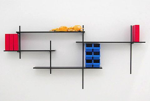 mondrian shelves. <3 de stijl