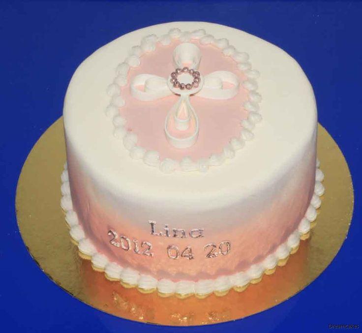 Det finns inte så mycket vackra färdiga tårtdekorationer för svenska konfirmationer. Det mesta är plastigt och ganska fult, faktiskt. Därför gör vi eget!