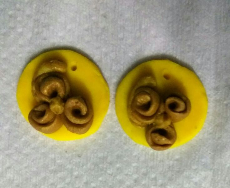 Clay earring!  My first work in Sculpey III :)
