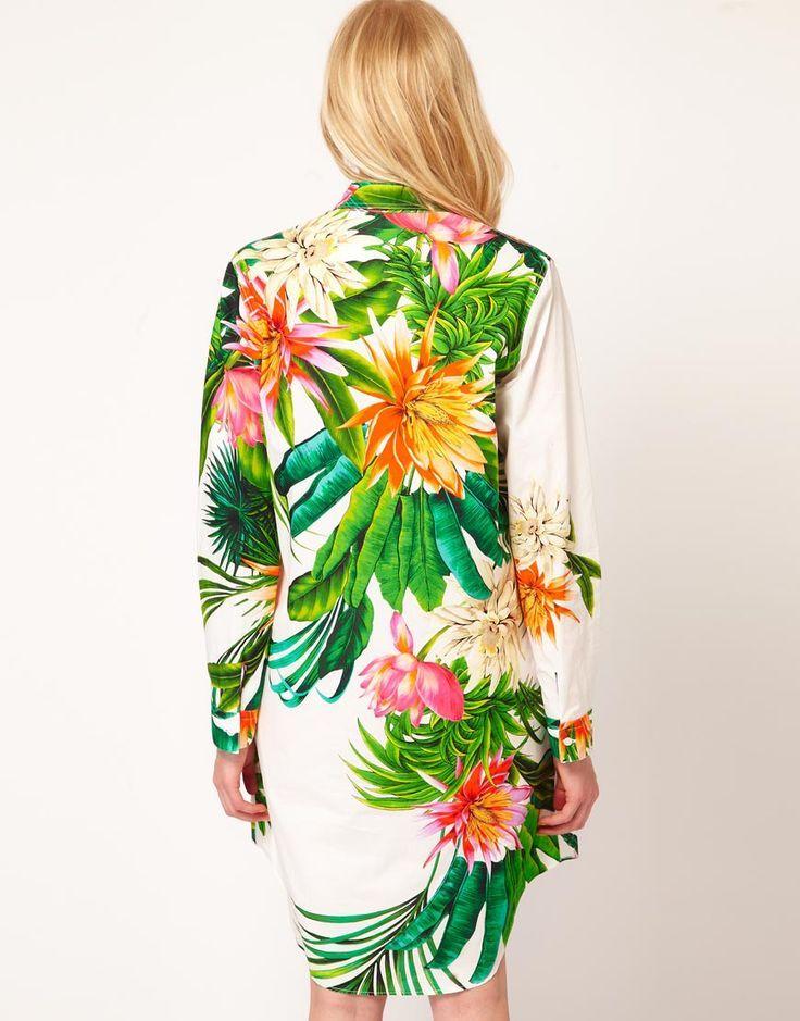 Inspiração da Semana do LabK!  Nesta semana, a equipe de Estamparia Digital do LabK SP inspira-se no tema Hawai Vintage com suas flores, folhagens e cores para as criações do Alto Verão 2015.