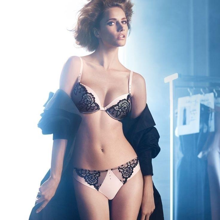 Excited lingerie italian paris tone wacoal