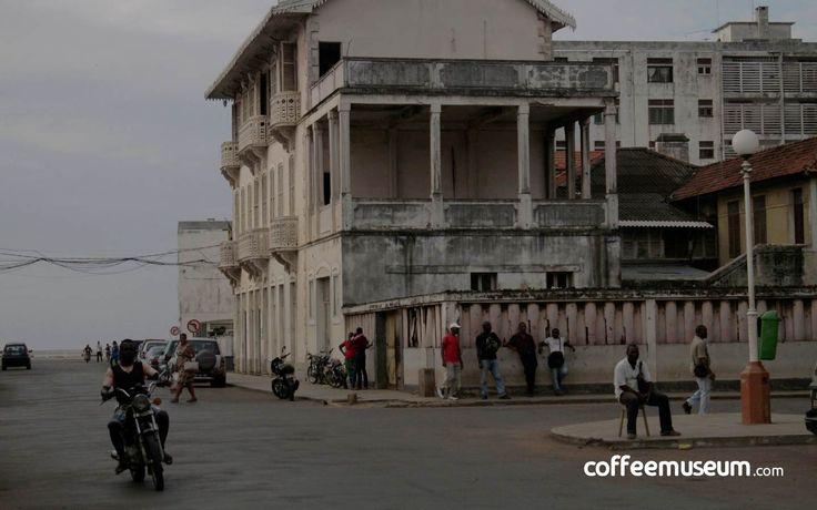 Living in Sã o Tomé  and Príncipe