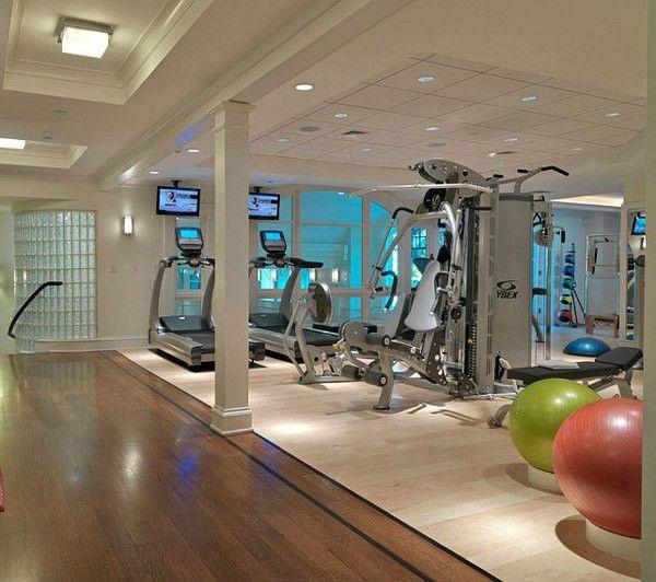 Looks+sterile+-+Nice+multi-gym.+I+like+the+medicine+ball+holder+in+the+back