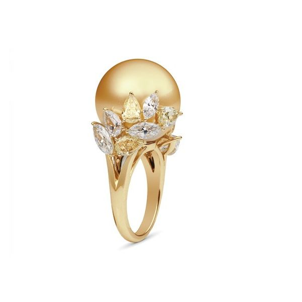 Mikimoto Golden South Sea and Yellow Diamond Ring   #Gold #Diamond #Ring
