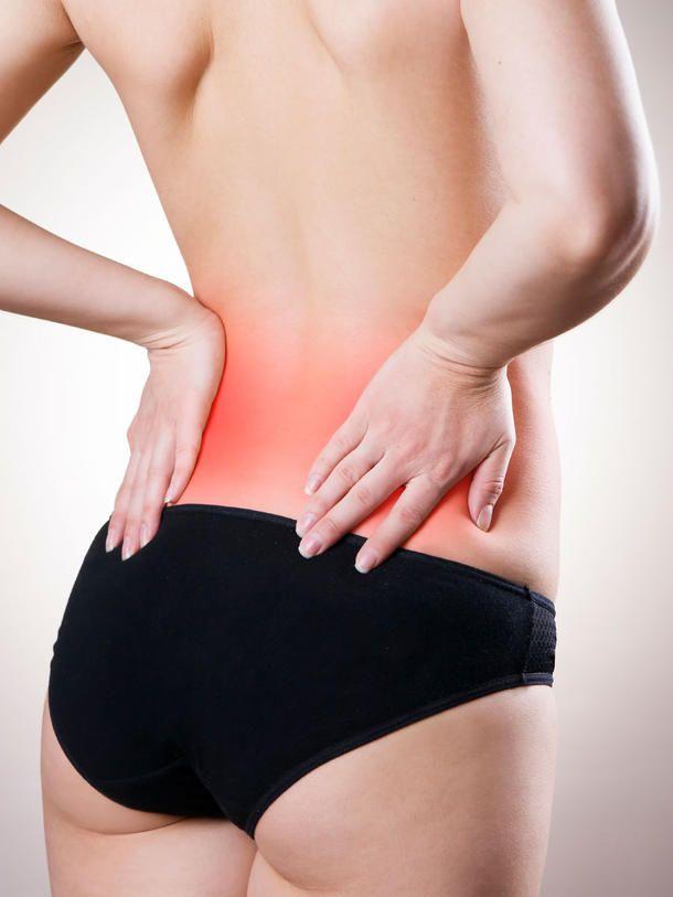 Schmerzen und Verspannungen im Rücken lassen sich durch diese Übungen sanft lösen.