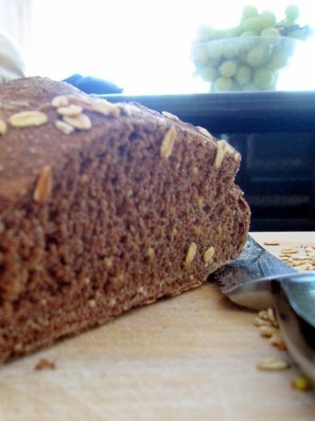 Brown No-knead Bread with Molasses and Honey