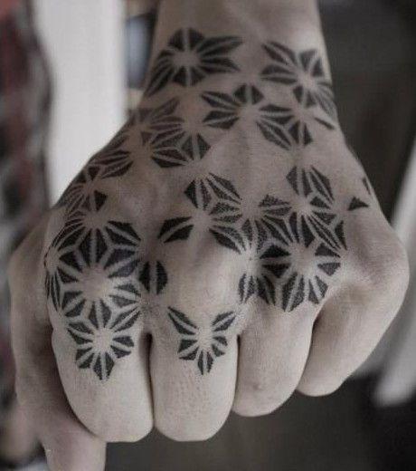 plus de 1000 id es propos de tatouages sur pinterest. Black Bedroom Furniture Sets. Home Design Ideas