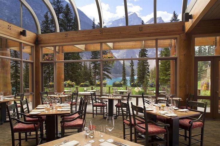 Moraine Lake Lodge, Banff AB, Canada