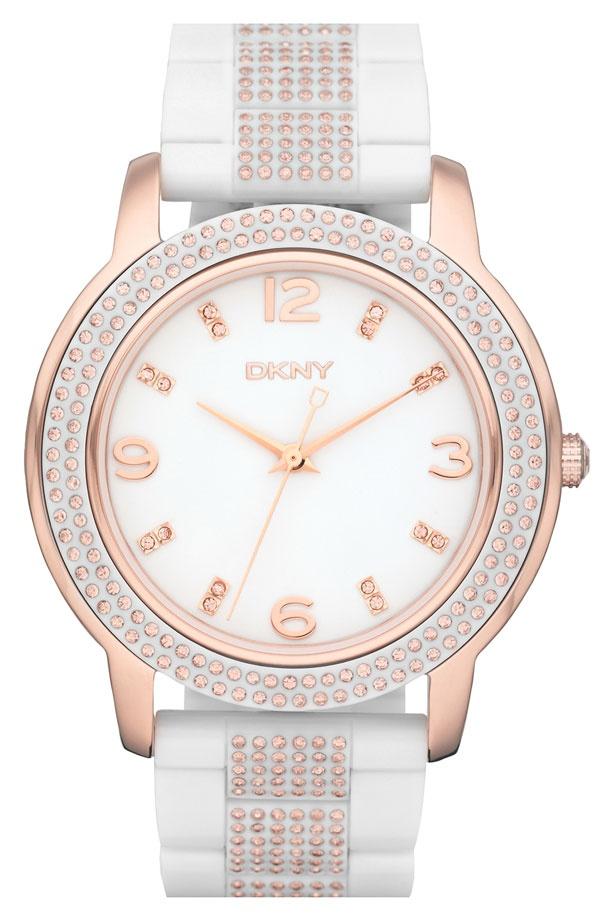 DKNY round: Bracelet Watch, Round Glitz, Woman Watches, Lady Watches, Glitz Bracelets, Ladies Watches, Dkny Large, Large Round, Bracelets Watches