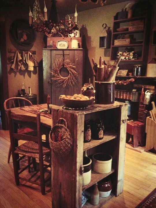 Prim kitchen/ dining area... This will be my house someday! ★