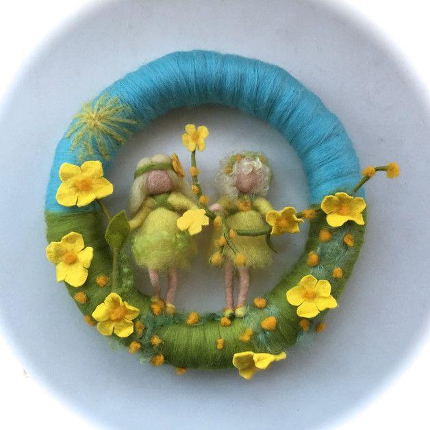 Jahreszeitentisch - Filz-Kranz.Blumen-Kinder .Gefilzt.Waldorf. - ein Designerstück von Filz-Art bei DaWanda