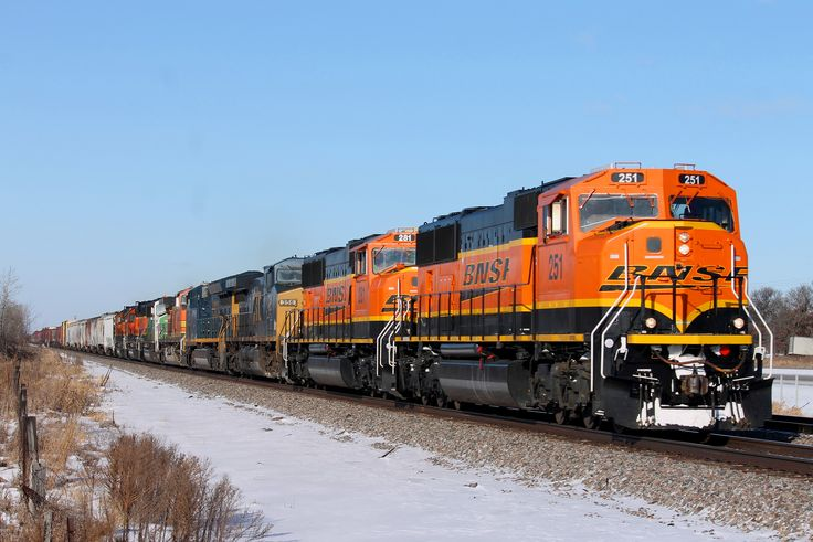 https://flic.kr/p/237Xtks | BNSF 251 | Eight units lead H-MINNTW1-02A by Gregory. Thanks to Mike Vandenberg for the heads up.  BNSF 251 BNSF 281 CSXT 356 CSXT 3443 BNSF 4896 BNSF 1427 BNSF 1692 BNSF 1688