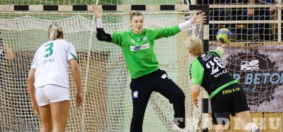 Fő a biztonság - Tomasevics sérülése miatt még egy kapust benevezett a Fradi a Bajnokok Ligájába.