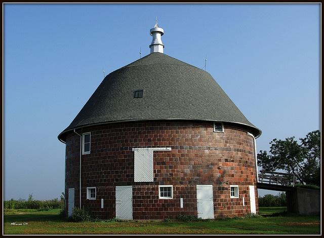 Amish Stone Masons : Best images about brick stone barns on pinterest