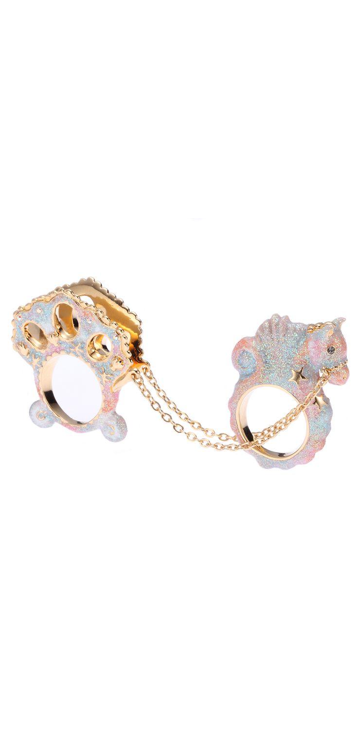 mermaid rings Woah woah woah i NEED this i gotta find it all it needs isva lil gold mermaid sittin inside the carriage!