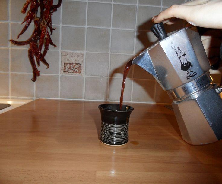 Make Espresso Coffee With a Moka Pot