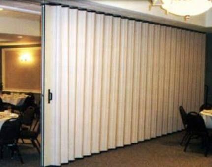 Resultado de imagem para divisoria sanfonada para apartamento