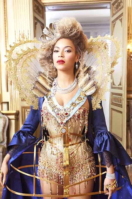 Beyonce Mrs Carter tour stage costume - ideas for Latin dance outfit - salsa bachata cha cha rumba samba
