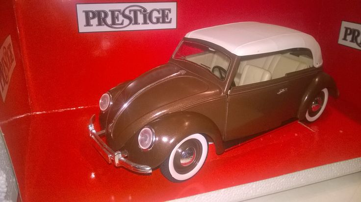 Solido 1:17 volkswagen closed convertable split,ref no 8015 with ovp