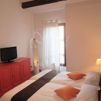 Apartment Piazza San Marco in Venice, sleeping up to 10 guests. Prices starting at 212 euros per night.