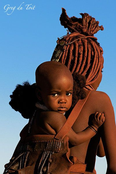 Babywearing mother from Himba people in northern Namibia (Greg du Toit Blog: Beautiful People).