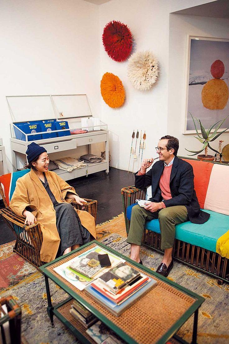 Chad,s 7days in New York / day 3 デザインチームのメンバーとミーティング。店内の什器もすべてアンディが収集したものをコーディネートしている。サウスウィックの紺ブレとヴィンテージのミリタリー