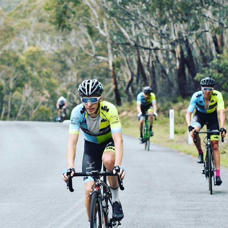 Just having a bit of fun sprinting with Will at the finish of the Honeysuckle Hammer road race today. To be fair he was pretty spent from riding the front all day and bringing back breaks. It was a great day out and great team result with Kelsey coming 1st and Toby 2nd. Looking forward to the Tour of Bright next weekend!  #pnxcycling #vixenpr #nrs17 #onyabikecanberra #onyahitterz #oakley #teamoakley #oakleyjawbreaker #set2cyclephysio #olloindustries #ccsgroup #activecanberra #visitcanberra…