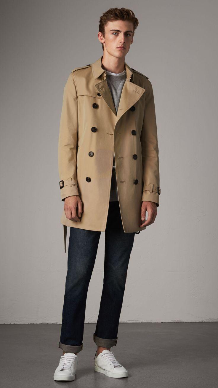 Burberry - The Chelsea, Trench coat Heritage lunghezza media, taglia 48 // 1.695€