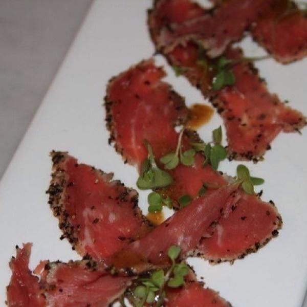 Beef carpaccio....this looks delicious!!