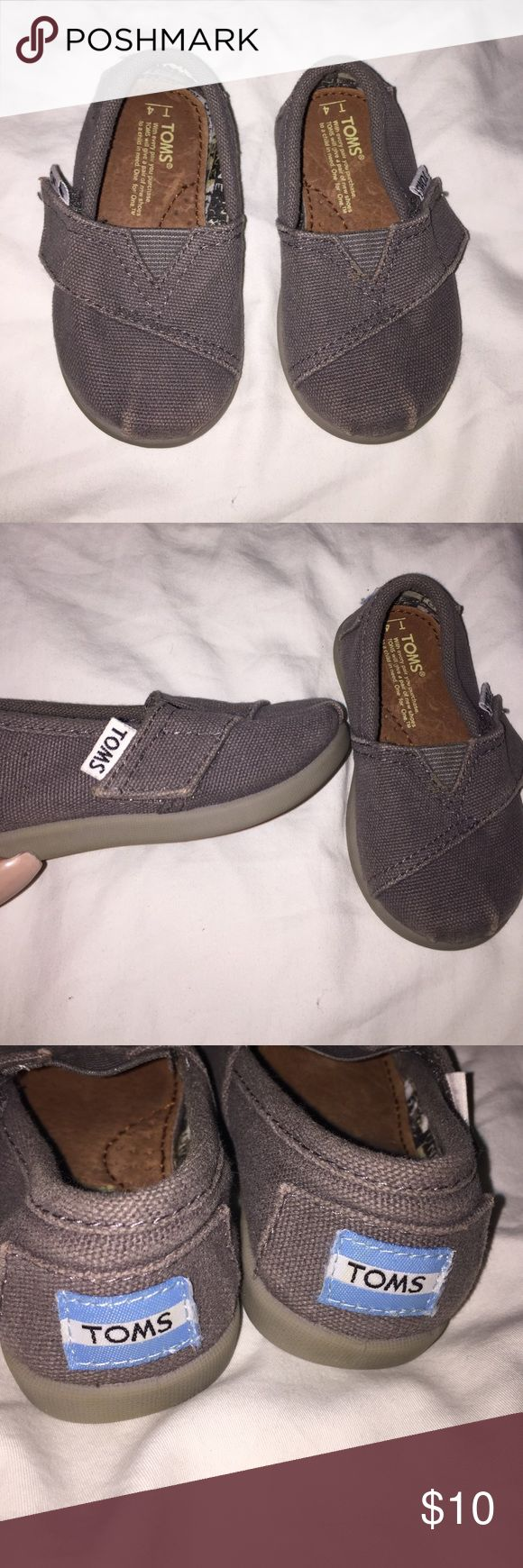 Baby Gray Toms Size 4. Maybe worn once. Perfect condition. Totally uni sex TOMS Shoes