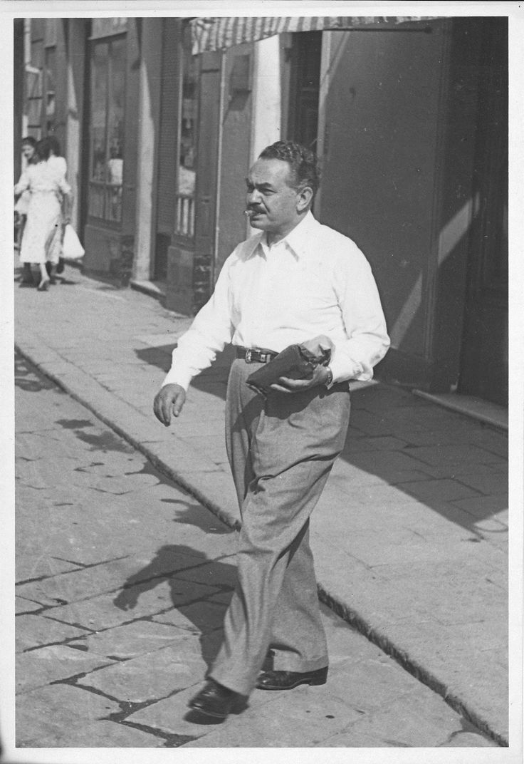 L'attore americano Edward G. Robinson a Santa Margherita (Photo: Ugo Diotallevi, 1950) #liguria #riviera #hollywood #santamargherita