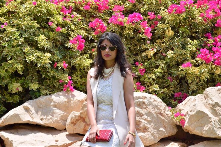 """This look is all about the """"trendy meets elegant and lady-like"""" vibe. A fashion problem I often face is how to embrace the seasons best trends, while still staying true to my style. Do …"""