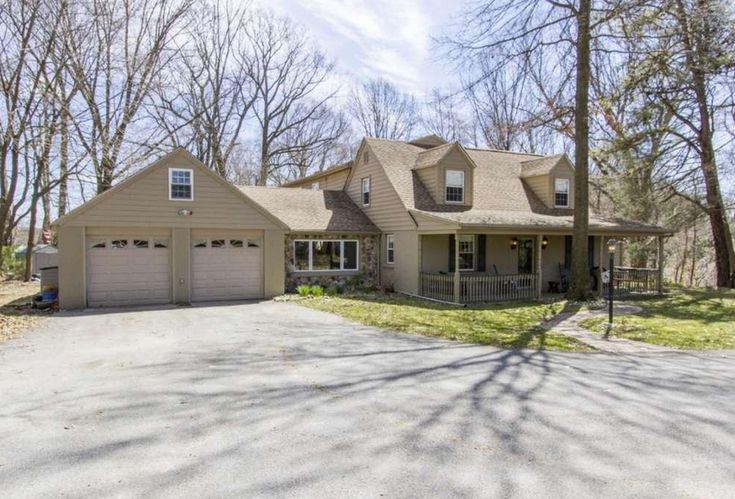 168 Bella Dr Broomall, PA 19008 home for sale Delaware County, more info here: http://www.anthonydidonato.net/wordpress/2017/04/10/168-bella-dr-broomall-pa-19008-home-sale-delaware-county/