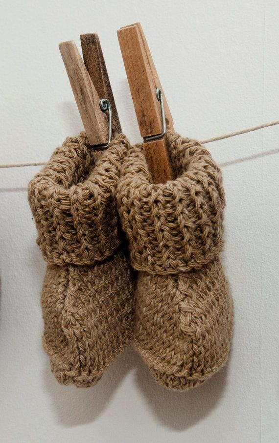 so cute really love these @mia motiee Parsons. #knitted baby booties ,# Knit ABoo
