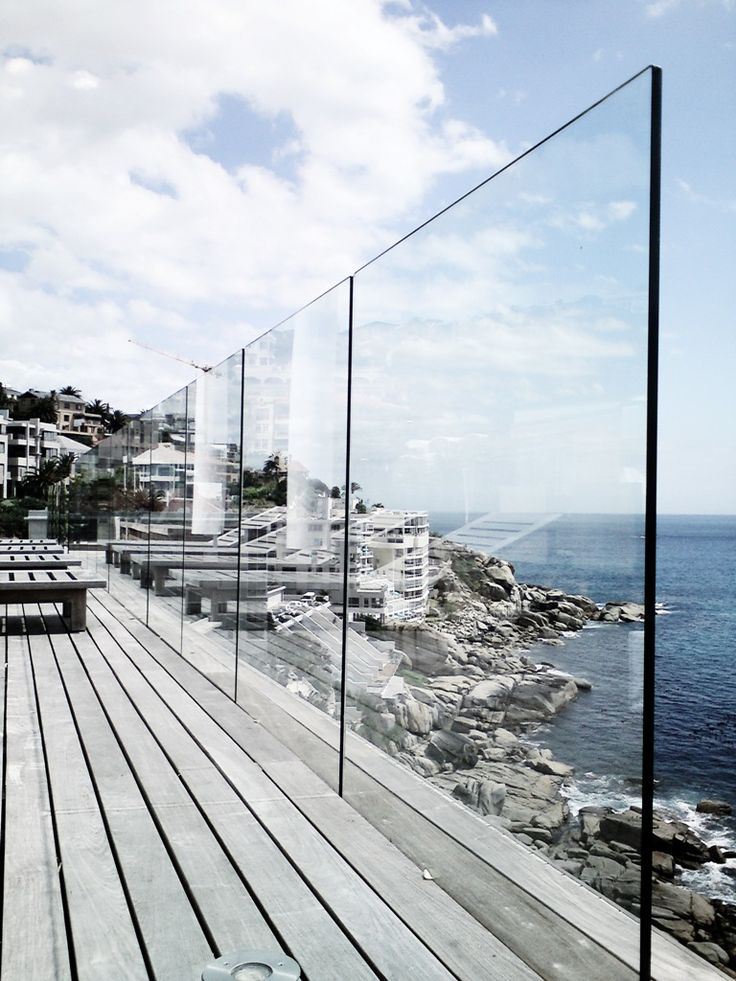 Glass balustrade on roof terrace