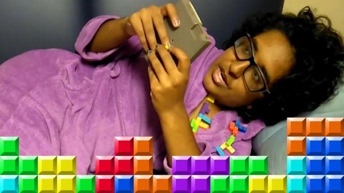O obiectofila intentioneaza sa se casatoreasca cu jocul Tetris!