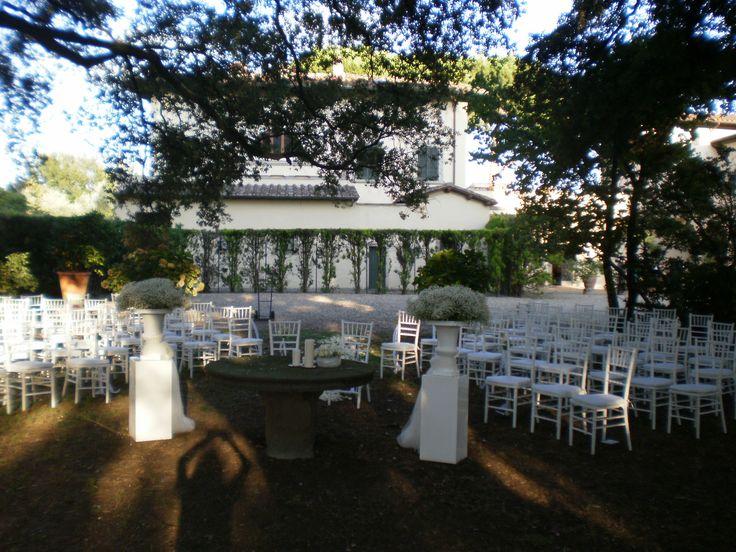Ceremony in the Garden. All Rights Reserved GUIDI LENCI www.guidilenci.com