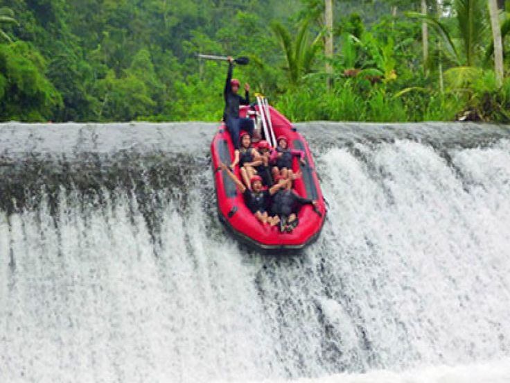 Bali Rafting at Telagawaja River will ready to assist and accompany you to explore the beautiful panorama and the extreme current of Telaga Waja river, Karangasem. This is completed 14 km distance in  - - YukmariGO.com