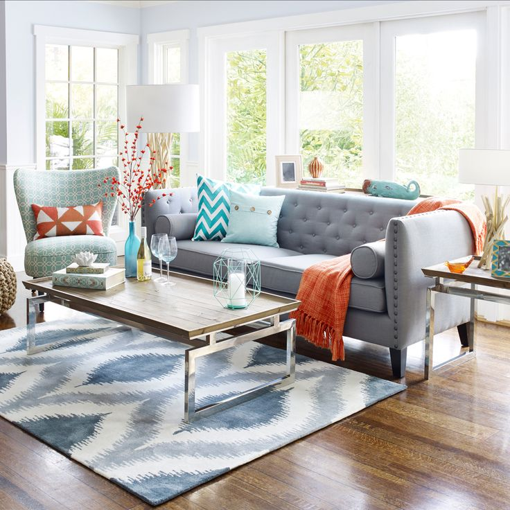 Charmant LIVING ROOM: (urban Barn) Same Bold Colour, Fray Couch, Nice Rug. Still  Clean Design.