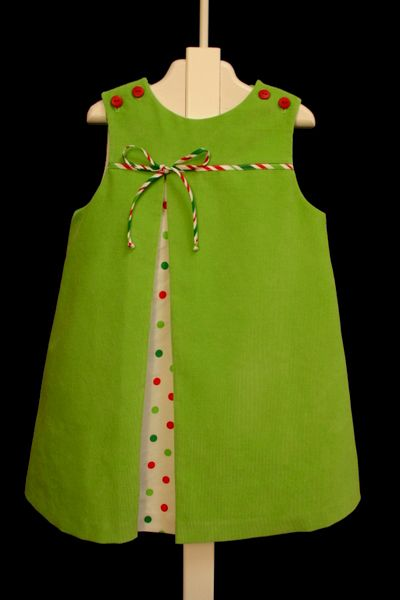Sweet dress for Christmas. This would be easy.