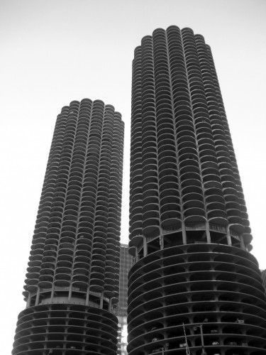 one of my faves- Bertrand Goldberg's Marina City. Still need an invitation to check out one of the apartments...