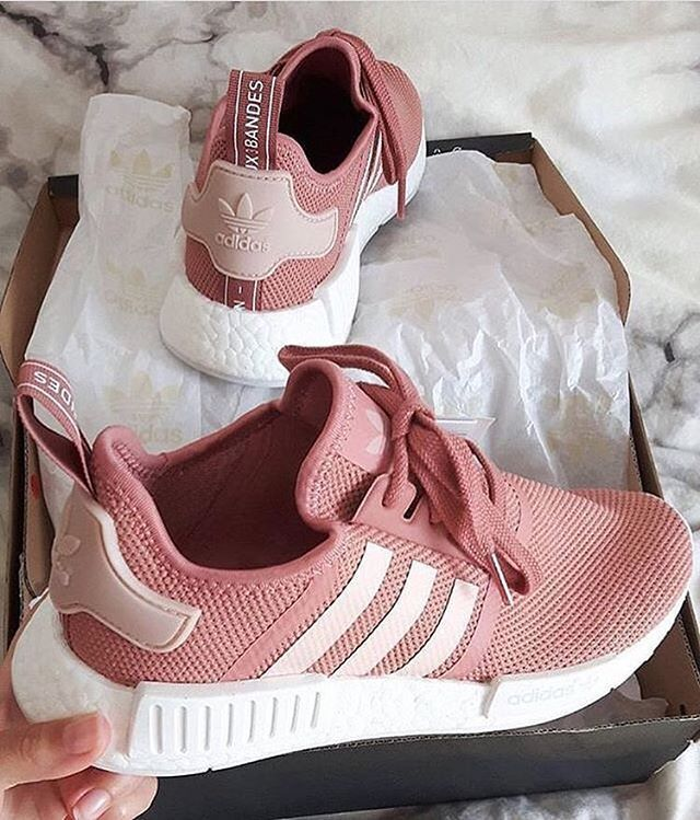 A lot of you have asked me about the previous Adidas NMD I have posted in olive…