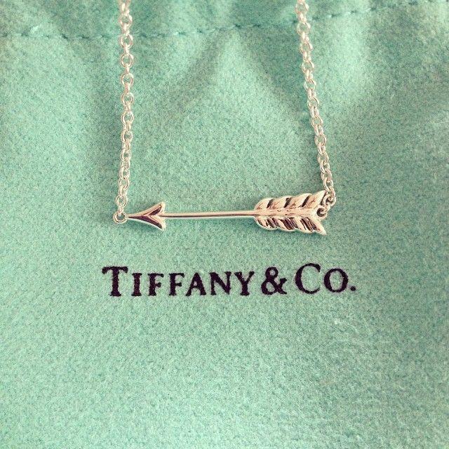 Tiffany's arrow necklace